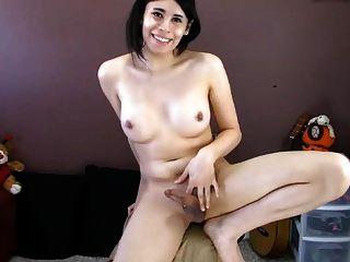tranny फर्म स्तन मुश्किल निपल्स कठिन कट्टर मुर्गा सह शॉट