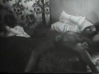 40 के दशक की पत्नी की फिल्म