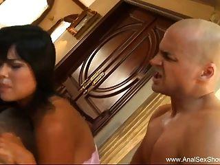 रूसी बेब जंगली गुदा सेक्स साहसिक