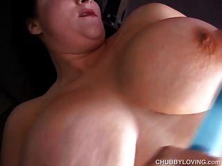 सींग का बना बड़ा स्तन BBW आप के लिए उसे वसा रसदार बिल्ली fucks