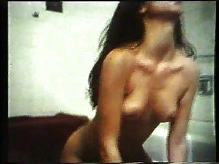 चेरिल हंससन: कवर लड़की (1 9 81) निकोल ब्लैक के साथ