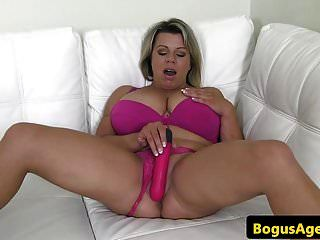 बड़े स्तन कास्टिंग बेब उसे मुंडा