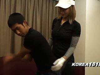 korea181.com गोल्फ के लिए तैयार की गई सेक्सी कौगर