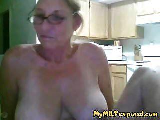 मेरे एमआईएलए बड़े स्तन कैम पर खेल के साथ दादी का पर्दाफाश किया