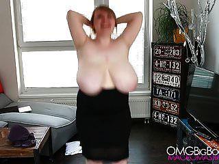 मजाकिया भारी शेख़ी स्तन