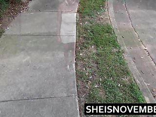 pissing ईबोनी लड़की msnvent सार्वजनिक चलना peeing