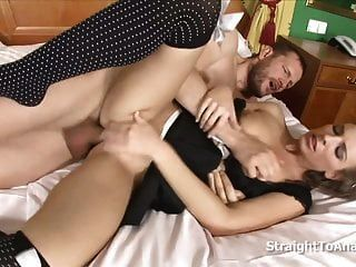 सेक्सी नौकरानी मॉर्गन चंद्रमा गुदा गड़बड़