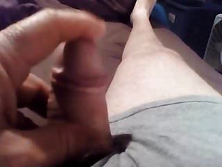 मेरे लंड के साथ खेल रही है