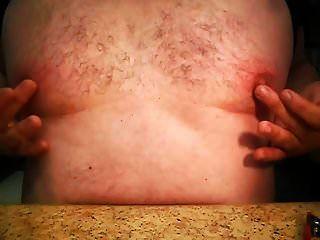 nipples.mp4 के साथ खेल रहा है