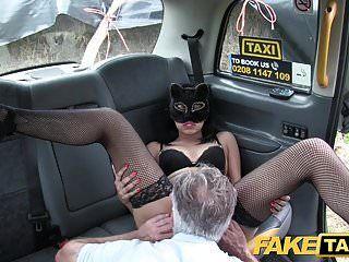 नकली टैक्सी बिल्ली बिल्ली भूमिका स्थानीय milf के लिए काल्पनिक बकवास खेल