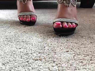 आबनूस पैर जॉय ऊँची एड़ी के जूते उलटी गिनती .mp4