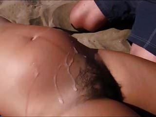 समुद्र तट पर बाल प्रीग लड़की पर 4 सह डंप