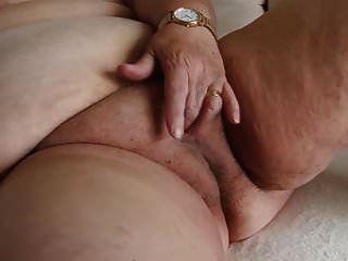 supersized bbw दादी हस्तमैथुन कर रही है