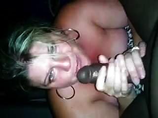 सुनहरे बालों वाली पत्नी बीबीसी