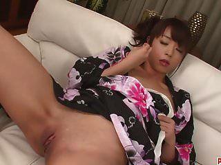 गर्म जापानी बंधन और मरिका के साथ खिलौना कमबख्त