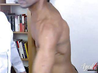 वृद्ध लेसी स्टार सेक्सी गोरा परिपक्व कट्टर