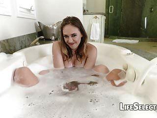 kagney सनी karter बाथटब बकवास