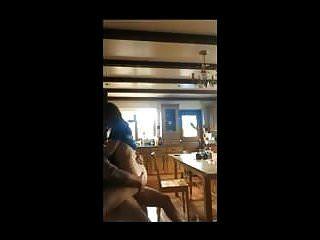 घर का बना सेक्स उसकी रसोई पर डिक पर सवारी