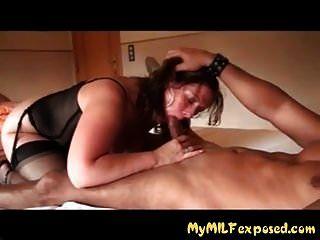 मेरे एमआईएलए परिपक्व शौकिया पत्नी blowjob और कमबख्त उजागर