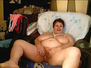 विशाल स्तन बीबीडब्ल्यू कैम पर
