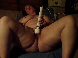 मेरे पति के लिए मेरे खिलौने के साथ bbw orgasming
