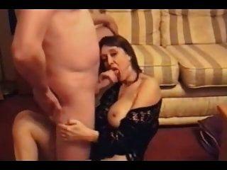 गर्म पत्नी और भाग्यशाली पति (11 वीडियो)