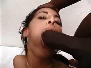 श्यामला बनाम 3 काले लंड