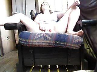कुर्सी में इंद्रधनुष रंज