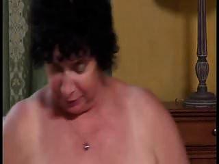 बड़े स्तन पुराने दादी olga