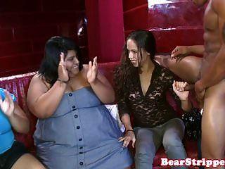 जंगली पार्टी लड़कियां cocksucking स्ट्रिपर्स