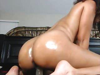 छेदा निपल्स भारतीय फूहड़ कमबख्त खुद को वह squirts तिल