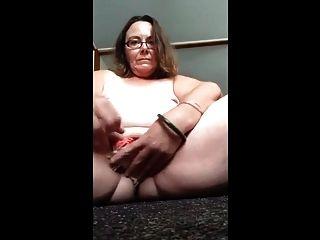 सुअर फूहड़ जॉडी बी उसकी योनी में उसकी पैंटी भरवां