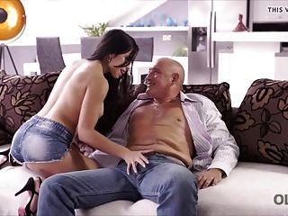 old4k। आश्चर्यजनक लैटिना बेब के लिए किसी न किसी सेक्स।