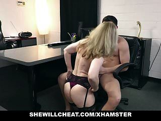 shewillcheat पुराने milf नीना hartley के लिए युवा संवर्धन काम पर रखता है