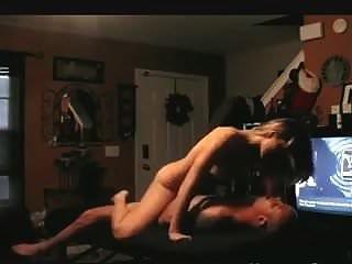 गोरा अपने आदमी की लंबे समय तक सवारी करता है