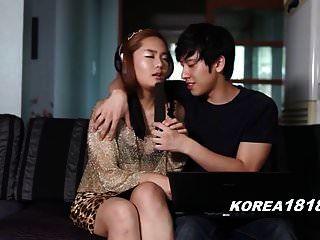 कोरियाई कोरियाई लड़की के साथ छेड़खानी