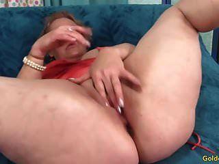 परिपक्व महिला केली लेह चूसना और बकवास