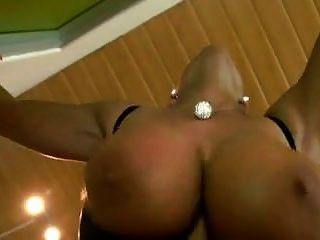 जर्मन सेक्सी susi मोज़ा में assfucked