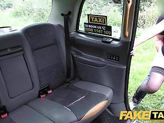 नकली टैक्सी कैबी मुर्गा भूख मिनक्स एक अच्छा मुश्किल कमबख्त देता है