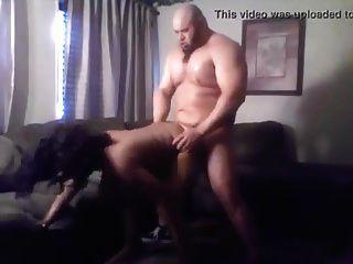 सेक्सी, सुडौल काले एमआईएलए पेशी संवर्धन के साथ