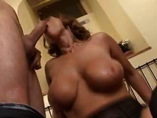 जर्मन susanne सेक्सी susi बड़े स्तन और बड़ा गधा