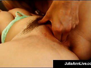 बस्टी ब्लोंड मिल्फ जूलिया ann उंगली बेकार है हॉट फक्किंग पॉर्नस्टार