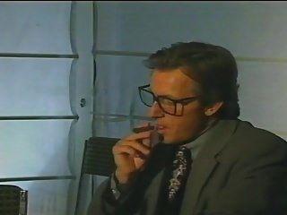 चिकित्सा और प्रलोभन (इतालवी फिल्म)।