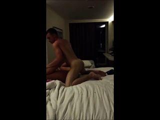 पति अपनी मालकिन को चोदना