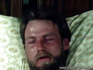 क्लासिक विंटेज रेट्रो कामुकता 1973