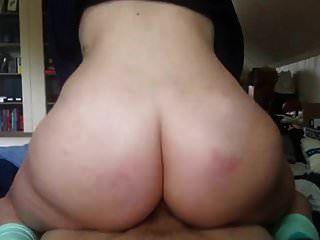मुझे गांड वाली गोरी लड़कियाँ बहुत पसंद हैं