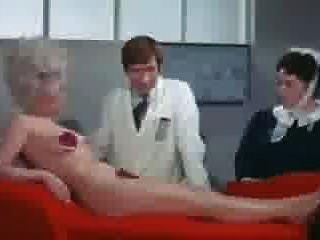 बारबरा विंडसर फिल्म हटाए गए दृश्य पर ले जाती है