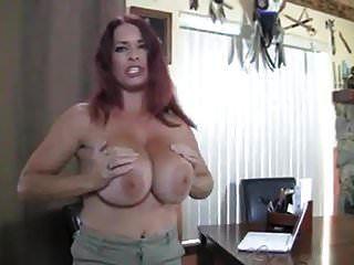 बड़े स्तन के साथ मोज़ा में परिपक्व