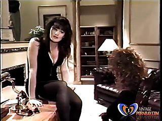 स्वीकारोक्ति 2 (1992) पुरानी पोर्न मूवी