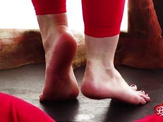 अपने fj से पहले थोड़ा पैर खेल